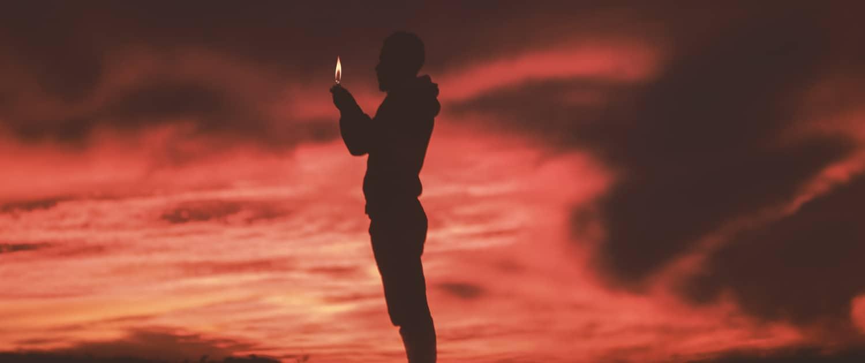 Flamme - Licht im Dunkel - Jyotishmati - Yoga Sutra 1.36