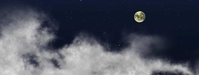 Vollmond Wolken Himmel Nacht Mond