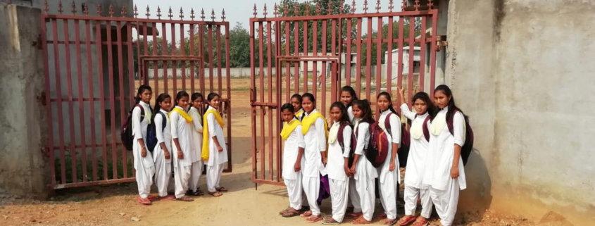 Manini Schule Eingang