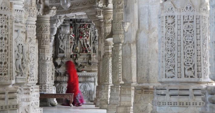 Im Jain Tempel (c) Michael Nickel, Santosha Media, Nutzung lizenzpflichtig